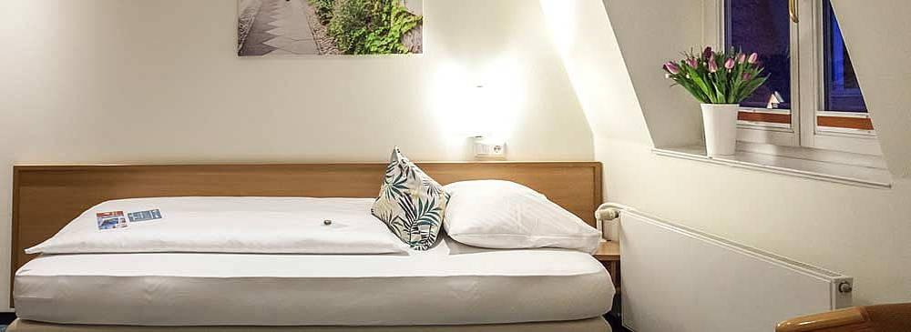 Koomfortables Einzelzimmer im Hotel Allegra in Berlin