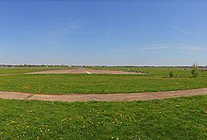 Tempelhofer Feld im Sommer